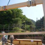 桧の大柱と鴨居